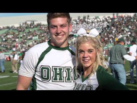 Sibling Cheerleaders at Ohio University