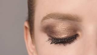 'Close Up Eyes' con Sisley
