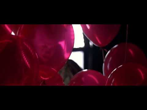 Bill Skarsgård as 'Pennywise The Dancing Clown' Behind the Scenes (HD) | MTW