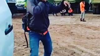 preview picture of video 'Asiknya joget anak tambang Driver Dt Rmm..... Tarik mang'
