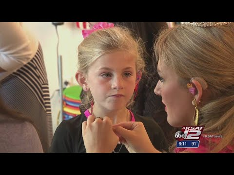 Miss San Antonio mentors hearing-impaired children