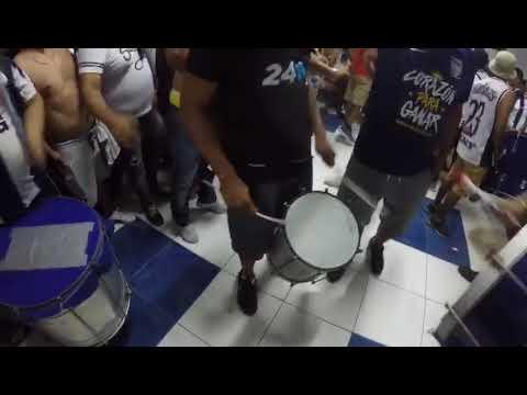 """""""LA FIESTA ES DE ALIANZA LIMA - LA BANDA DEL COMANDO SVR"""" Barra: Comando SVR • Club: Alianza Lima • País: Peru"""