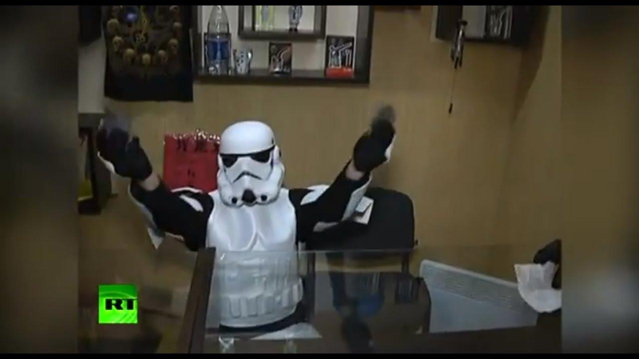 'Darth Vader' & Stormtroopers Raid a Smoke Shop thumbnail