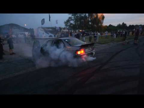BMW E36 325i BURNOUT on 3rd GEAR