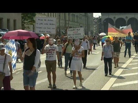 COVID-19: Διαδηλώσεις κατά των περιοριστικών μέτρων