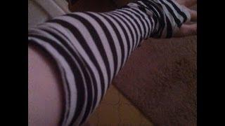 DIY: Black & White Striped Arm Warmers/Gloves