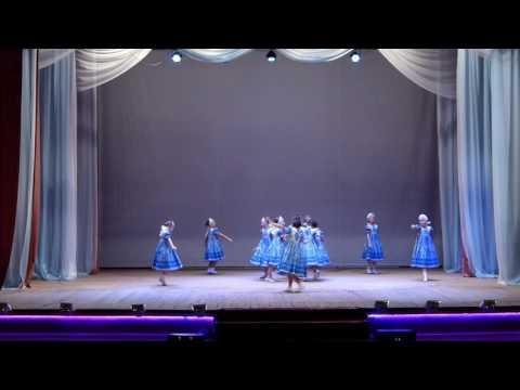 Младший состав народного хореографического ансамбля