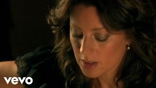 Sarah McLachlan - O Little Town Of Bethlehem (VIDEO)
