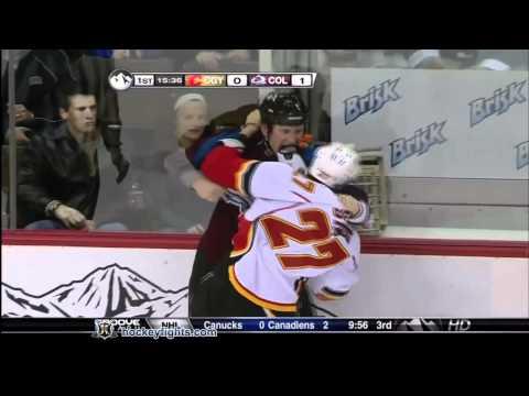 Cody McLeod vs. Steve Staios