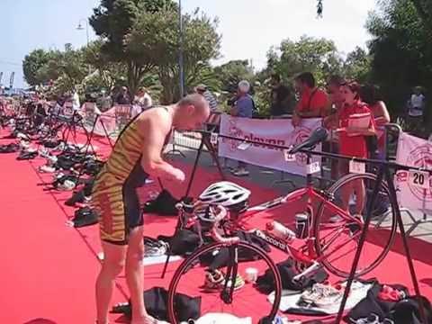 Triathlon cambio record nuoto-bici