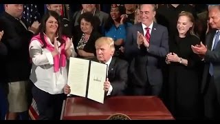 Trump  Signs Whistleblower Protection Order - Full Speech And Ceremony