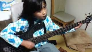 Audrey Plays Bass- I Want Some More - Dan Auerbach 100K(ROCKSMITH)