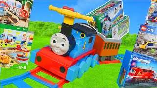 Download Video Thomas and Friends Train Toys: Brio Wooden Railway & Lego Duplo Trains Toy Vehicles for Kids MP3 3GP MP4