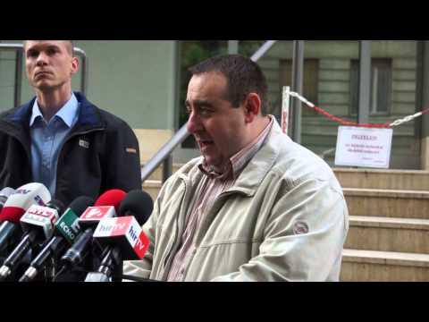 Feljelentést tesz és a kormányfő nyilatkozatát várja az MSZP