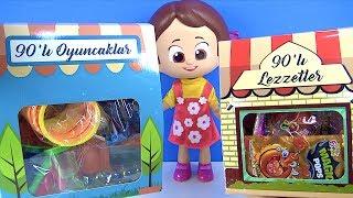 Pepee ve Niloya ile 90'lar oyuncakları ve 90'lar lezzetlerini içeren abur cubur paketi açıyoruz.