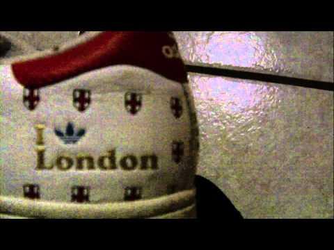 Adidas Superstar, weiß/rot Gr. 42