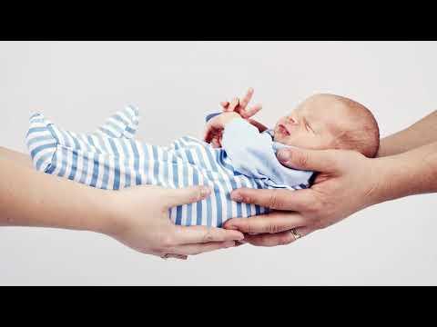 Как усыновить новорожденного ребенка из роддома одинокой женщине быстро