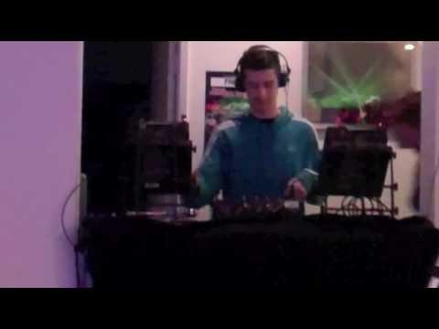 KJM - Studio Update 3 (Mat Zo Does The Dishes)