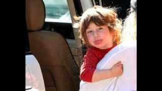 Morning Dessert (Intro) - Max Christina Aguilera's son singing - TRACK 9 - Bionic (CD)