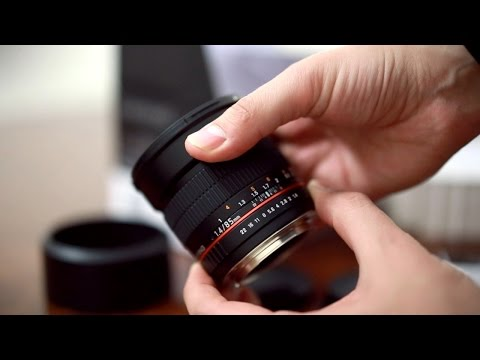 Samyang 85mm f/1.4 IF UMC lens review with samples (full-frame and APS-C)