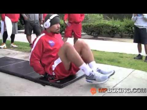 パッキャオの腹筋トレーニング