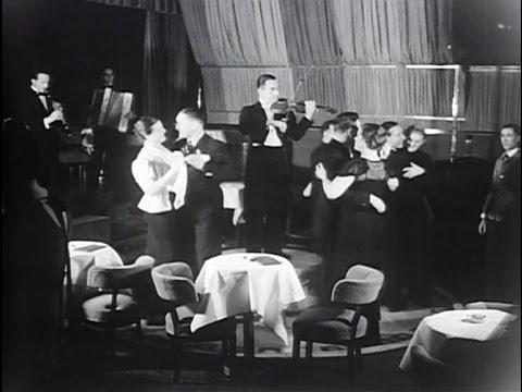 Życie towarzyskie w przedwojennej Warszawie - kawiarnia Adria rok 1936