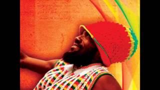Junior Kelly - Paradise