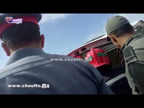 العرب اليوم - شاهد: لحظة انتشال جثة سائق قطار بوقنادل