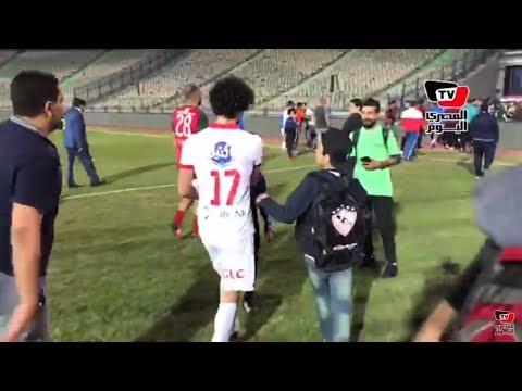 مشجع زملكاوي يطلب قميص باسم مرسي.. واللاعب: «ممنوع يا حبيبي»
