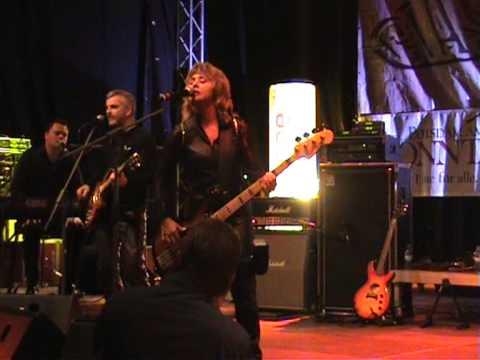 Suzi Quatro - Rockin' in the free world, Potsdam 20-11-2010