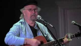 <b>Tom Paxton</b> Zings Trump And Sings For GOP Candidates