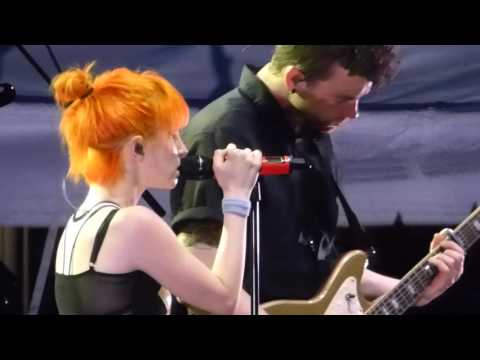 10/19 Paramore - Tribute to Taylor + Hate to See Your Heart Break @ Parahoy (Show #2) 3/07/16