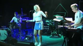 Astrid S    Hurts So Good (Live From La Cigale   Paris)