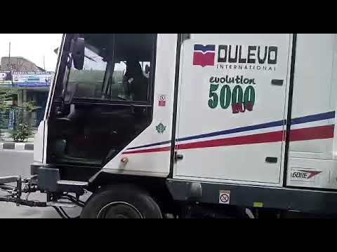 Dulevo 5000 Evolution Municipal Sweeper
