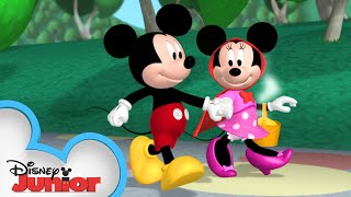 Minnie is Red Riding Hood 🎀| Mickey Mornings | Mickey Mouse Clubhouse | Disney Junior