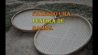 Fazendo uma peneira de bambu artesanalmente.