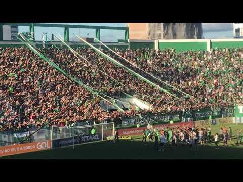 """""""BARRA DA CHAPE E JOGADORES PÓS VITÓRIA!"""" Barra: Barra da Chape • Club: Chapecoense"""