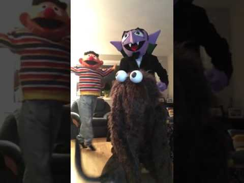 Best Sesame Street costumes! Ernie and the count