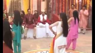 Madhubala (Drashti Dhami) Dans Ediyor !!