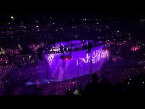 "Carrie Underwood - ""Southbound"" (Opening) - Staples Center LA 9/12 - Cry Pretty Tour"