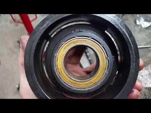 Honda Accord cl 7- cl 9 Замена подшипника шкива компрессора кондиционера, снятие бачка омывателя.