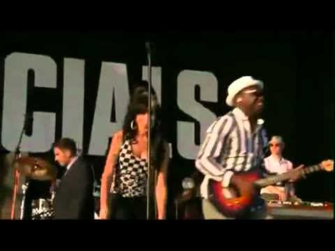 Concierto The Specials Ft. Amy Winehouse