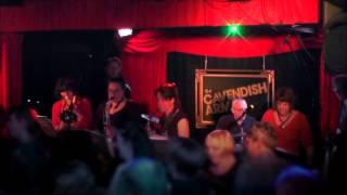 The Skamonics - 99 Red Balloons - live