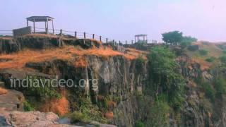 Kakra Khoh waterfall, Mandu