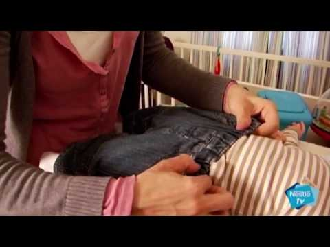 Cómo cambiar el pañal a tu bebé - Nestlé Bebé