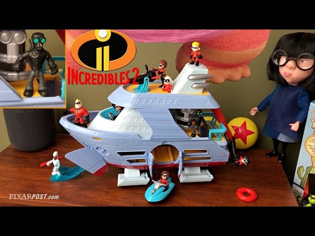 "Incredibles 2 Hydroliner Boat ""Junior Supers"" & A113 Easter Egg Revealed - Toy Review"