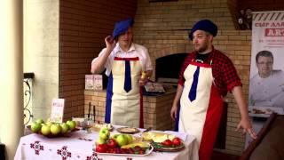 """Сыр для жарки """"Артис"""" и фруктовый шашлык. Рецепт дня. Выпуск 6"""