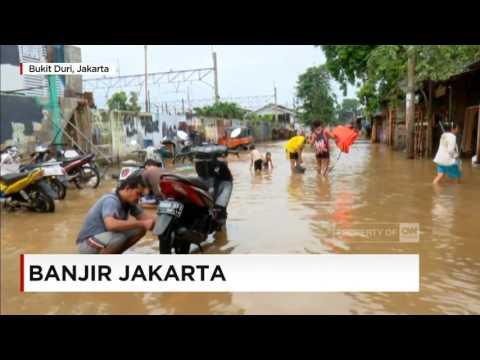 Live Report - Suasana Terkini Banjir di Bukit Duri, Jakarta Selatan