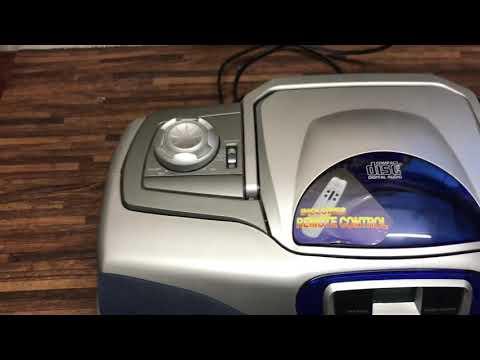 Koffer Radio mit CD und Kassette JVC RC-BX 33 war defekt  ,