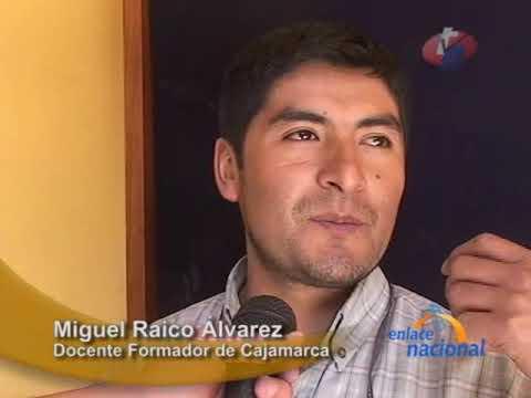 Ministerio de Educacion capacita a maestros en el uso de mini laptops, en Cajamarca